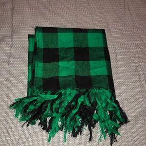 Green plaid scarf